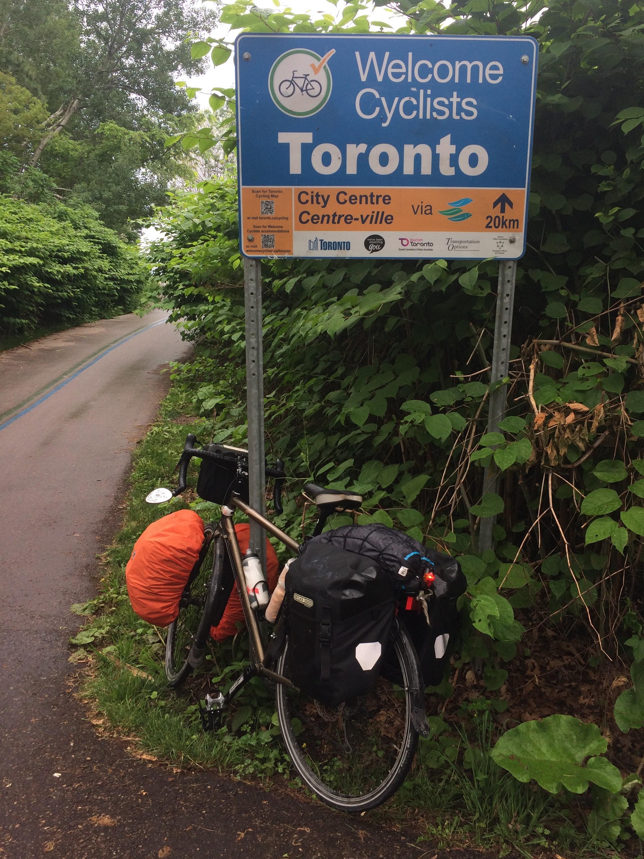 Vers le Centre-ville de Toronto