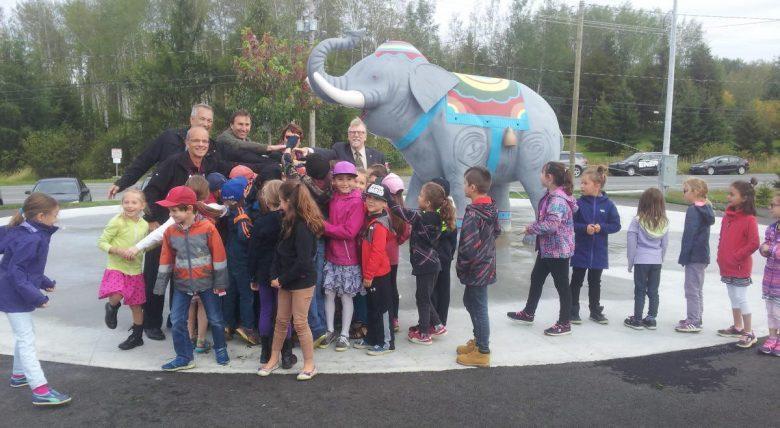 Elephanteau-enfants-10_002.jpg#asset:642