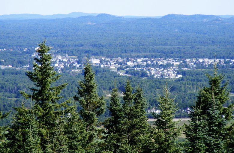 Évain, vu des collines Kekeko