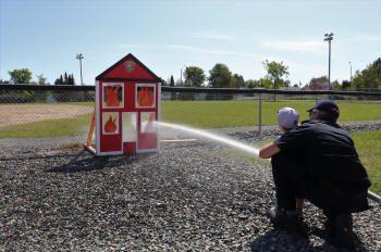 Jeux avec les pompiers