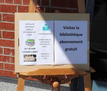 """Panneau """"Visitez la bibliothèque"""""""