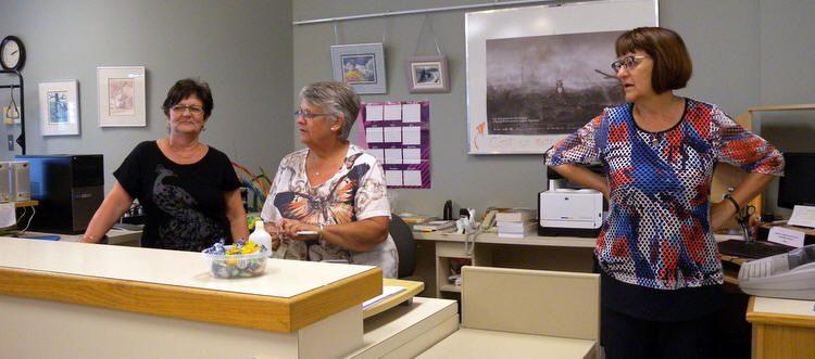 Bénévoles à la bibliothèque lors de la fête familiale 2019