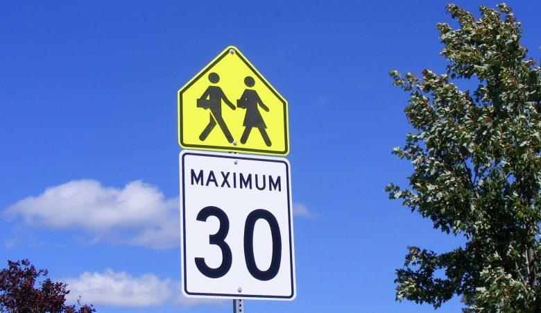 Maximum 30 - zone scolaire