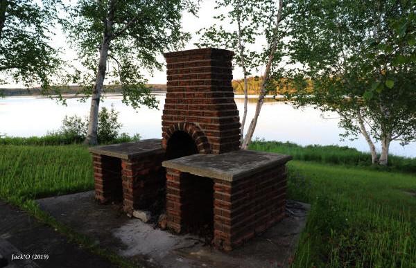 Foyer extérieur en briques