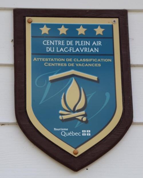 """Attestation de classification """"Centres de vacances"""" par Tourisme Québec"""